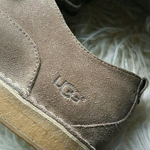 UGG Shoes - Mens UGG Oxford lace up shoes SZ 11